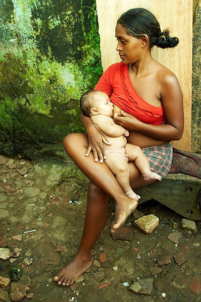 breastfeeding in favela do marium brazil