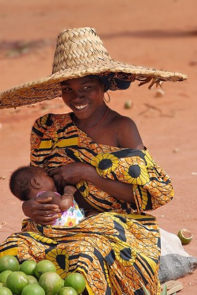 togo mother breastfeeding